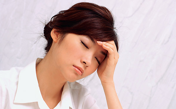 不定期偏頭痛?