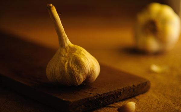 康健來了/護心、降膽固醇 來碗「山藥蒜雞湯」吧!-食譜-康健雜誌
