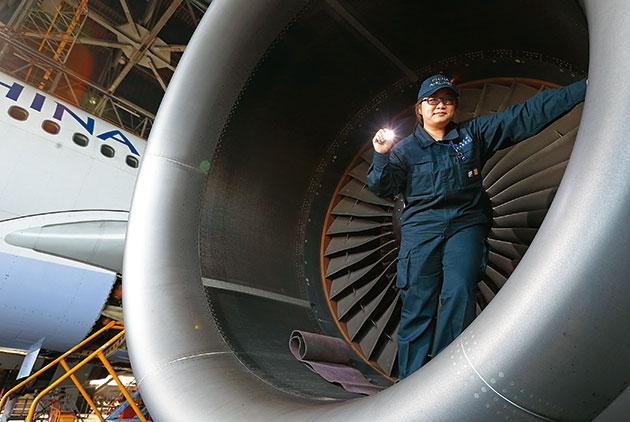 Nurturing Airline's Jumbo Jets
