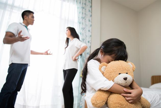 父母該不該在孩子面前吵架?