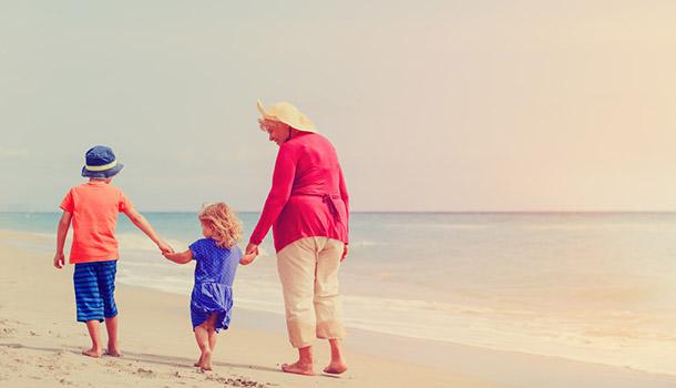 女兒、母親、阿嬤──三代不變的困境