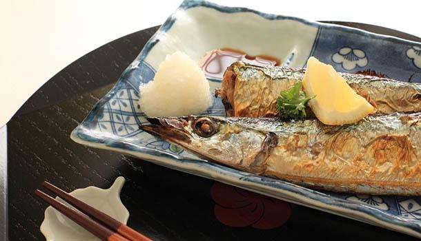 <span>日本</span>主婦秋季家庭料理:醬煮秋刀魚