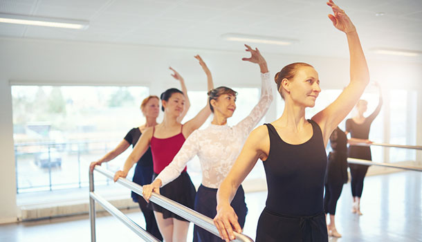 大人來跳舞!50歲以後學芭蕾,有益身心
