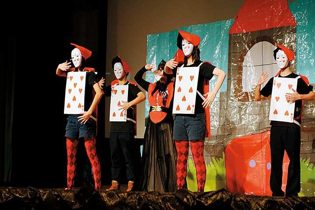 新北永平高中:把世界帶到學生的面前