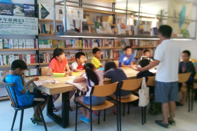 羅文嘉:自力救濟的社會課