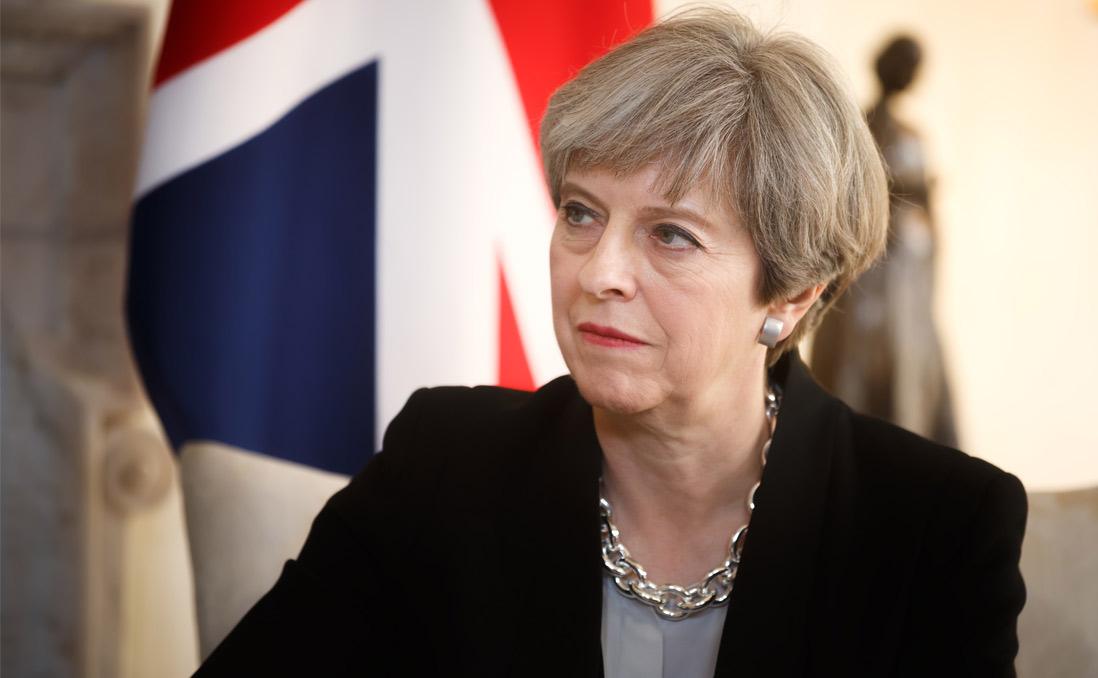 """「英國將會付......一些錢」──從「鐵娘子再世」變成 Theresa """"Maybe"""",「分手費」談不攏,英國脫歐的下一步在哪裡?"""