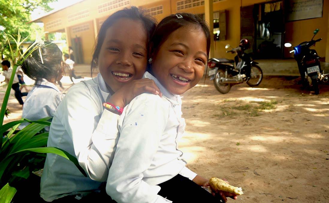 15歲的我,為柬埔寨孤兒院募款──改變世界不需要偉大,只需要一刻動心起念