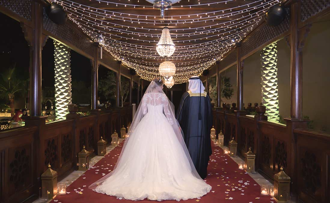阿聯酋人結婚是「兩個家族」的大事──男性娶妻壓力大,政府祭出「結婚基金」