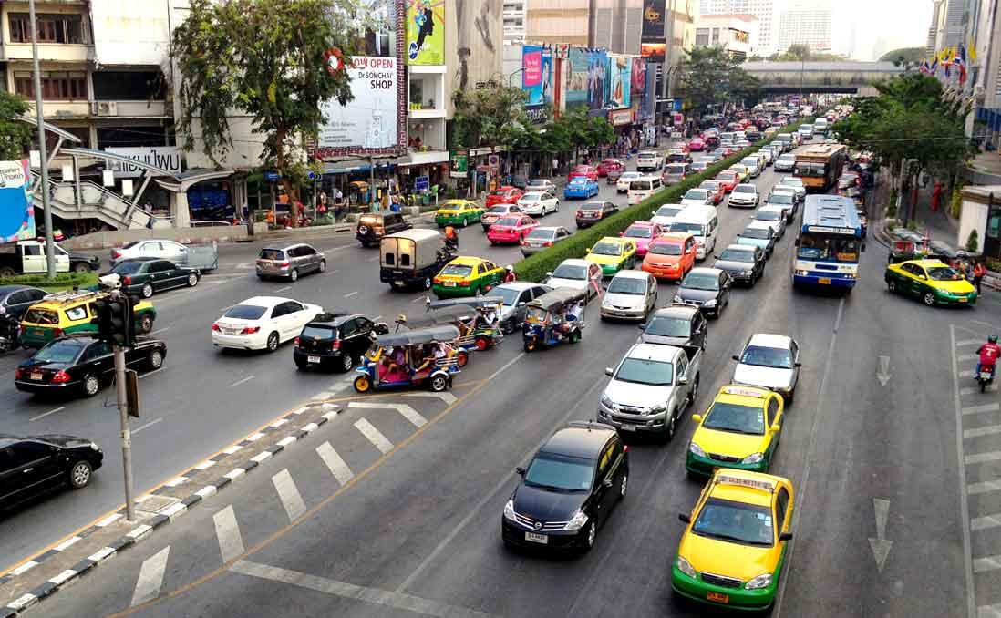 「外派東南亞,起薪乘上 1.6 」的代價──「新南向」台幹們現身說法:決定前,務必先多看多聽多想