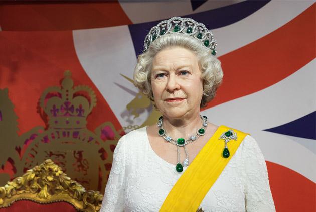 英國女王加薪66% 為什麼?