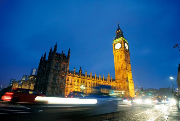 英國掙扎脫歐 拉經濟一起下水