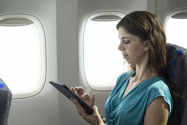 部分飛美班機 禁隨身帶電子用品