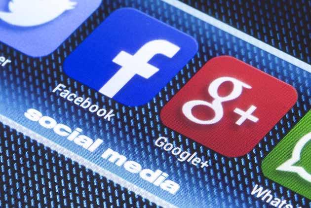 黃哲斌:臉書與Google 真能拯救世界?