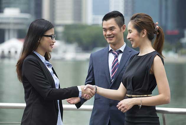 客戶買單、老闆加薪 5種方法讓英文會話更有影...