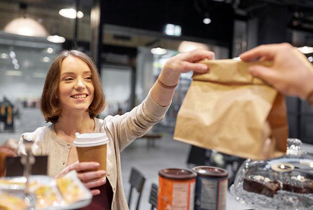 """主管要你買咖啡還交代""""On the double!""""不是指咖啡加倍,而是..."""