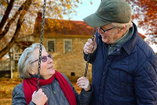 經濟學人:搞錯了,65歲不是「老」人!