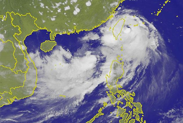 雙颱海陸警齊發半世紀來首見   藤原效應帶來什麼威脅?