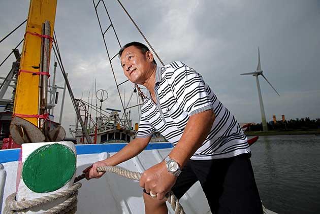 離岸風電搶進、衝突不斷 彰化漁會:漁民有機會轉型,但都要時間談