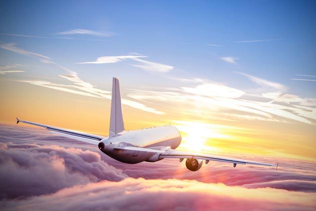 為什麼在飛機上 有些人會更想哭?