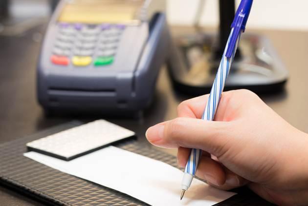 信用卡公司頓悟了,刷卡不用再簽名