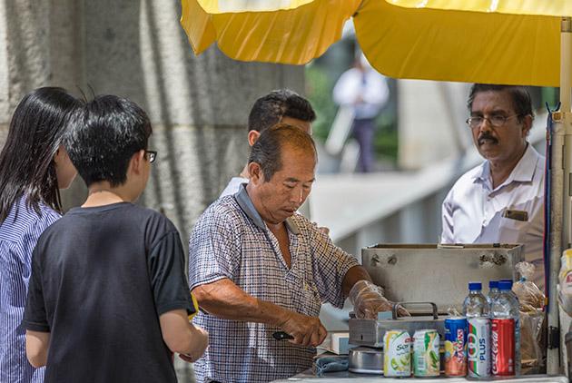 新加坡是終年盛夏的「非核家園」,但為何它從不缺電?}