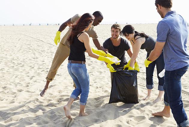 【專欄】黃之揚:淨灘的髒垃圾只能燒掉?這樣做讓垃圾變黃金