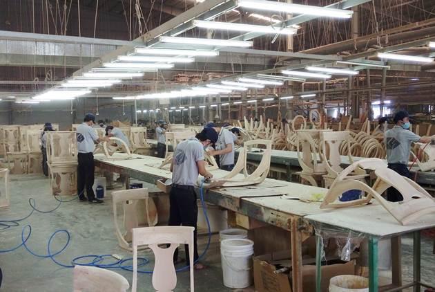 大門高掛「完美」,凱勝家具衝上越南第一