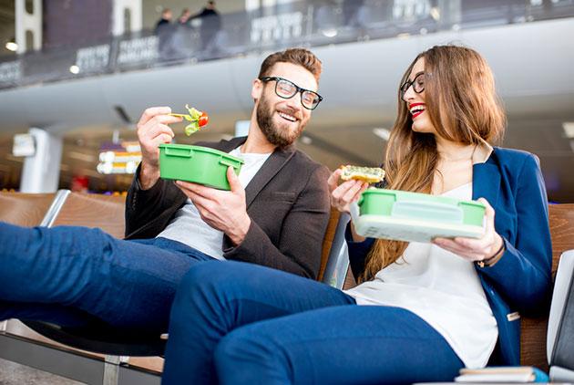 不一定只能亂吃,旅行如何保持腸胃健康?