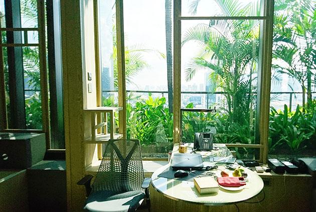 美到不想走!新加坡酒店化身垂直花園