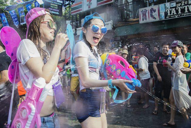 【理解東南亞】潑水節到泰國狂歡,小心坐牢