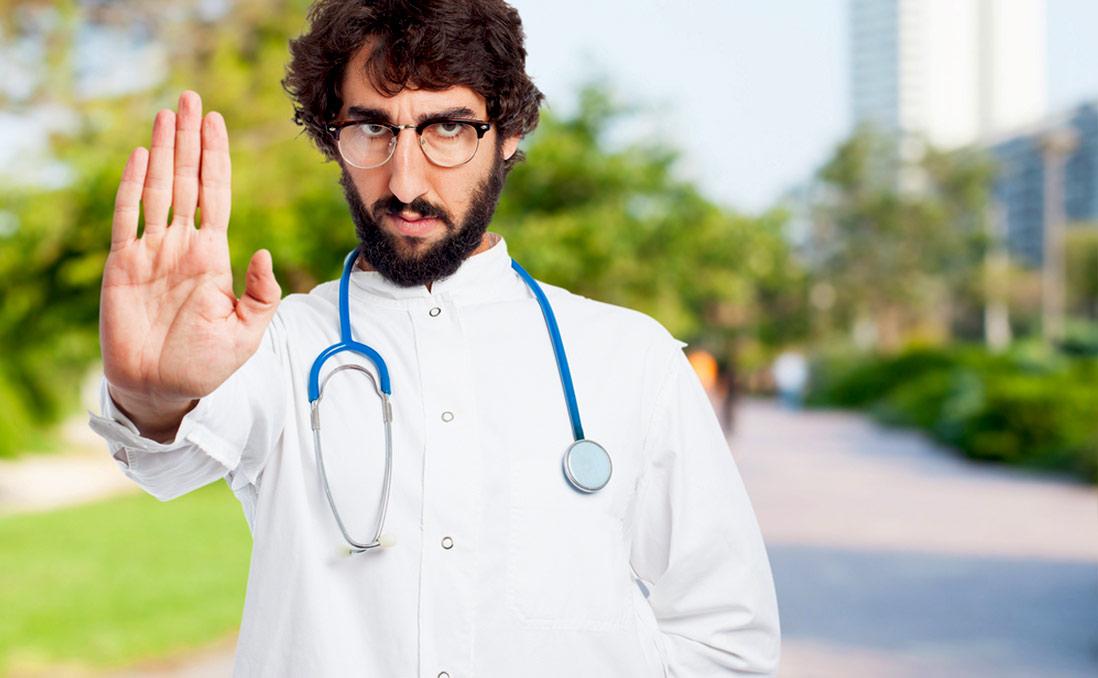 穿錯衣服,公立醫院拒收!──馬來西亞「浩瀚」的穿衣學問
