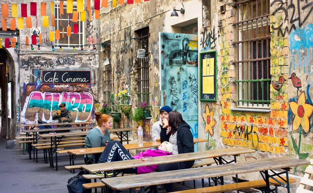 開放新德國,誕生在柏林──世界第二大移民國,不再只有啤酒香腸的聖誕派對