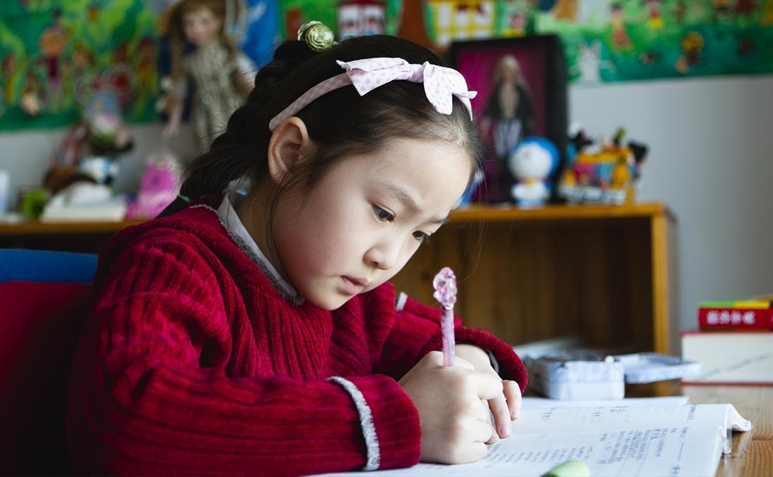 當台灣取消暑假作業,上海小學生暑假在做什麼?