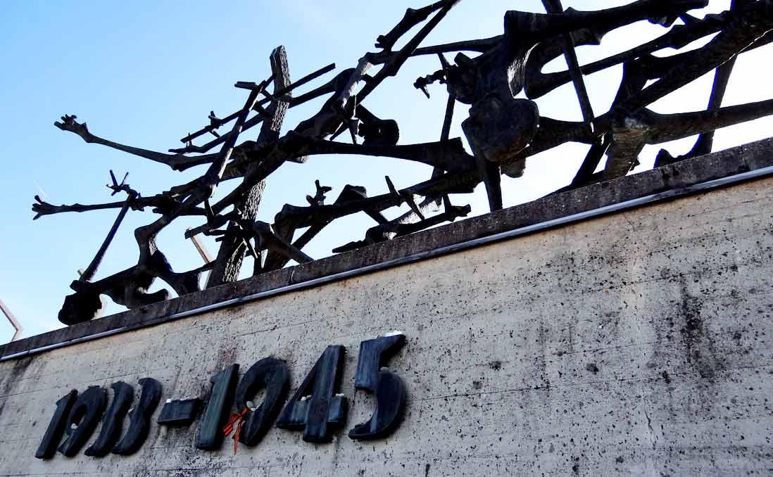 集中營、柏林圍牆與那位替我指路的和藹老奶奶