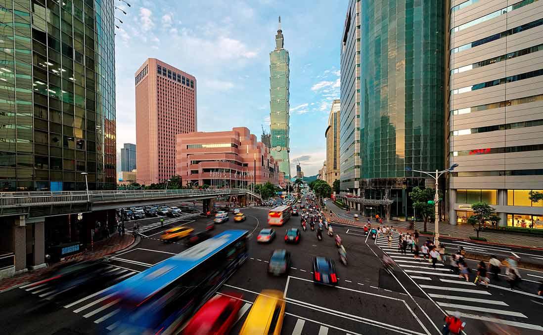 川普當選全球新局,台灣該何去何從?──從一個我們塵封二十年的發展規劃談起