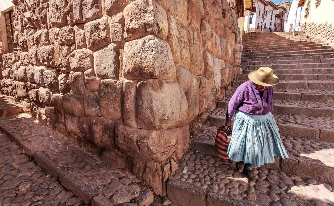 在祕魯庫斯科的磚瓦中,我看見印加帝國傾覆前夕的重演