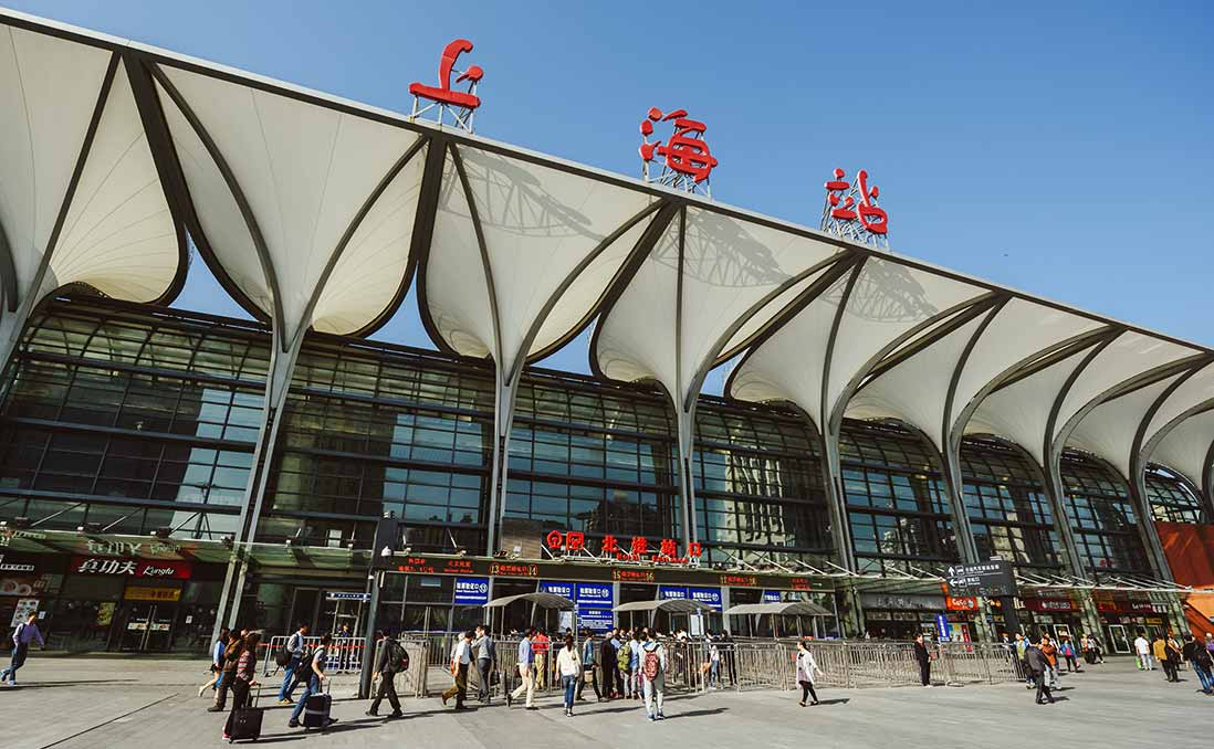 在上海的台灣人為何年齡「M型化」?給新世代的建議:挑戰大城市,要來要趁早