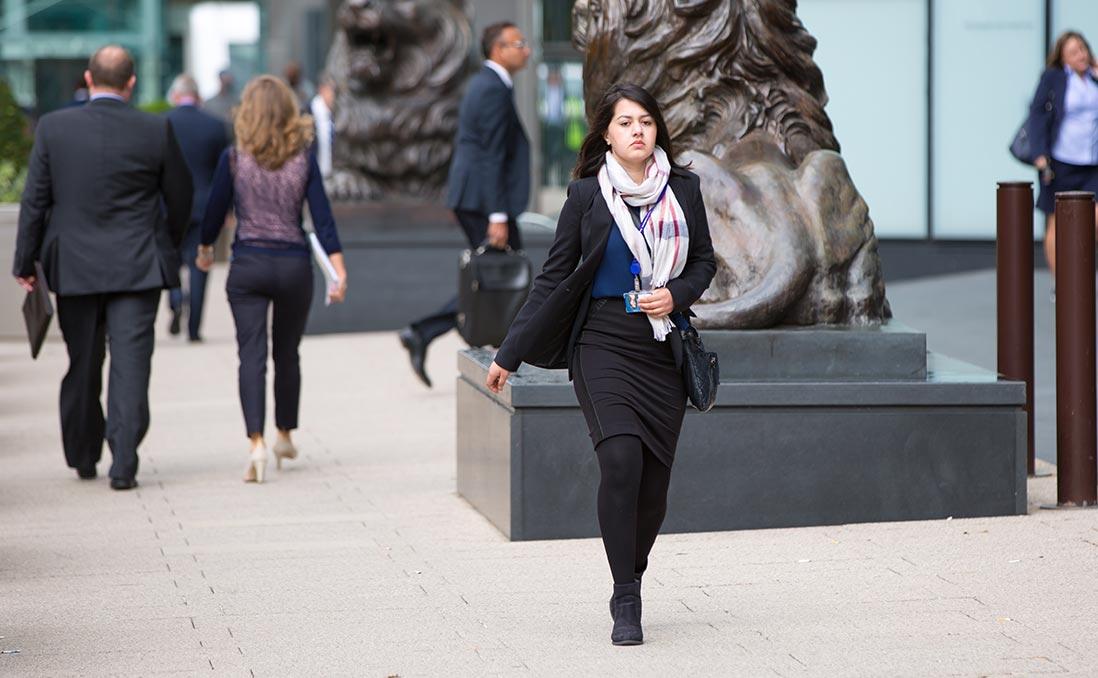 【英國職場】做自己的老闆:「自雇女王」在倫敦,合約員工(Contractor)新趨勢