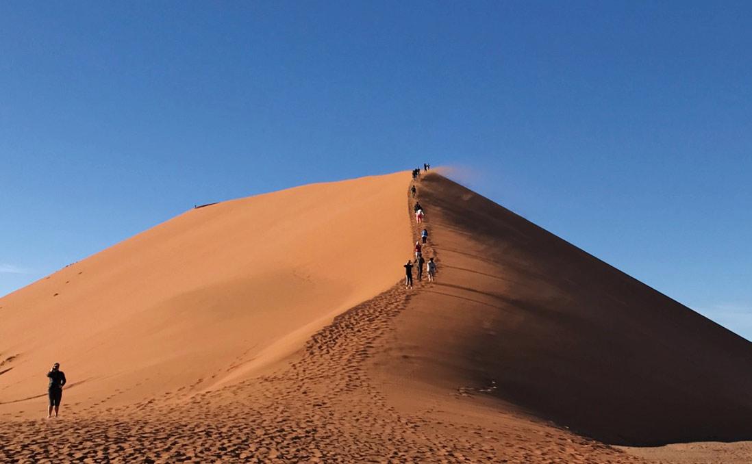 在「世界上最接近死亡的地方」,重新感受生命──我的納米比亞紅沙漠之旅
